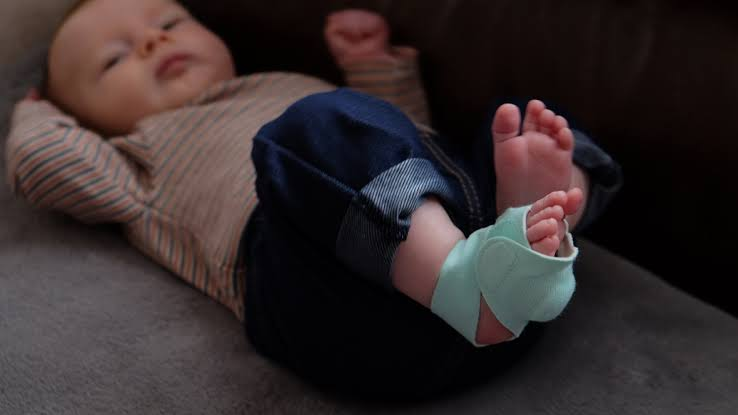 Baby Foot Monitor - Good Time For Your Baby